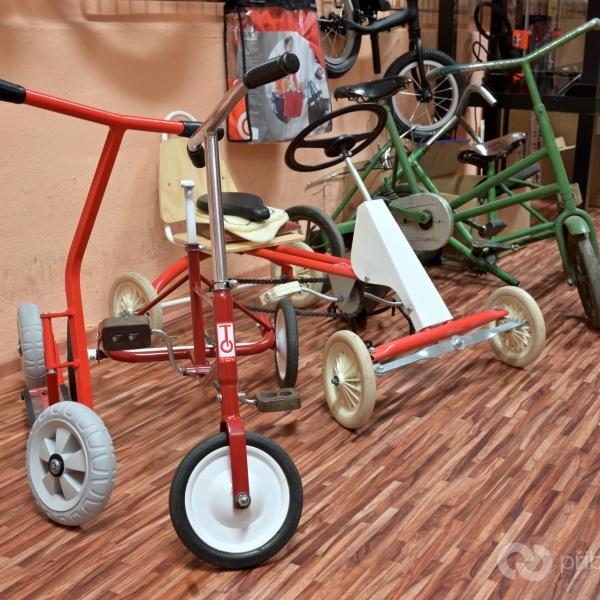 Dělský K-bike K2 mezi dětskými troj- a čtyřkolkami