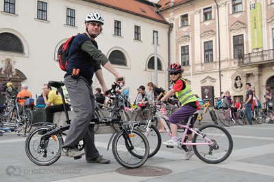 Foldy na cyklojízdě Brnem | Foto Petr Mejsnar