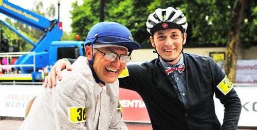 Ivo Petrouš a Jakub Polášek po závodu. Bílé sako dávno není bílé :-)