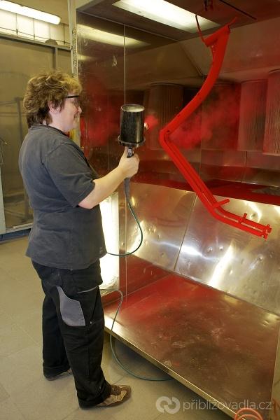 Kostka-kolobka – výroba koloběžek