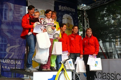 Rollo Liga 2012 (Europamarathon) – Görlitz-Zgorzelec 3. 6. – Ženy: 1. Michaela Balatková, 2. Martina Kadlecová, 3. Ivana Dvořáková | Foto Jan Horák
