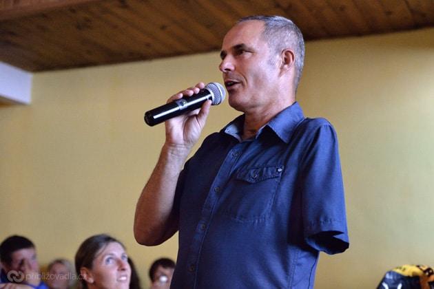 Richard Štěpánek povídá o závodu 1 000 miles adventure na koloběžce