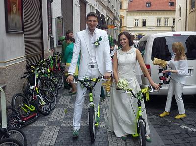 Svatba na koloběžkách